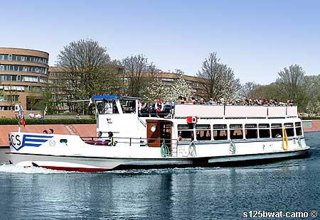 Spreerundfahrt Berlin 2019 2020 Fahrgastschiff Spreeschiff Schiff